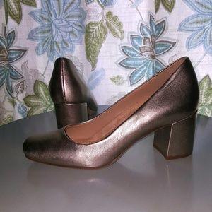 Naturalizers Whitney gold block heel pumps